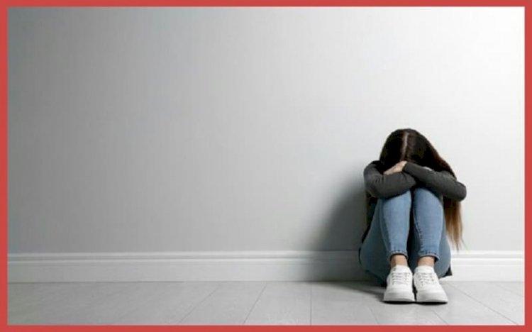 أعراض الاكتئاب عند البنات